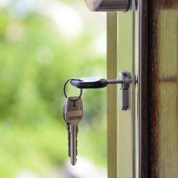 Woning niet verdelen bij scheiding onverdeeld laten